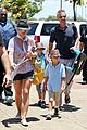 britney spears leaving hawaii 02