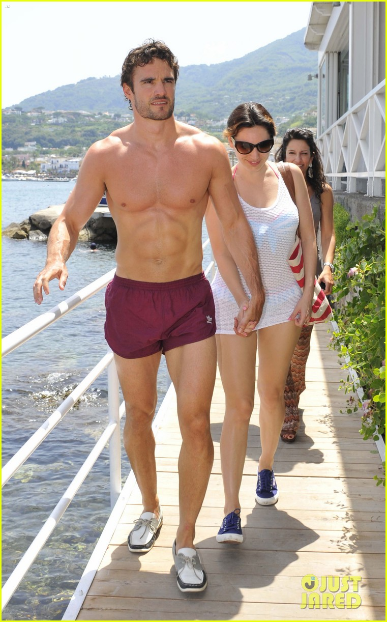 kelly brook thom evans ischia boat ride 01