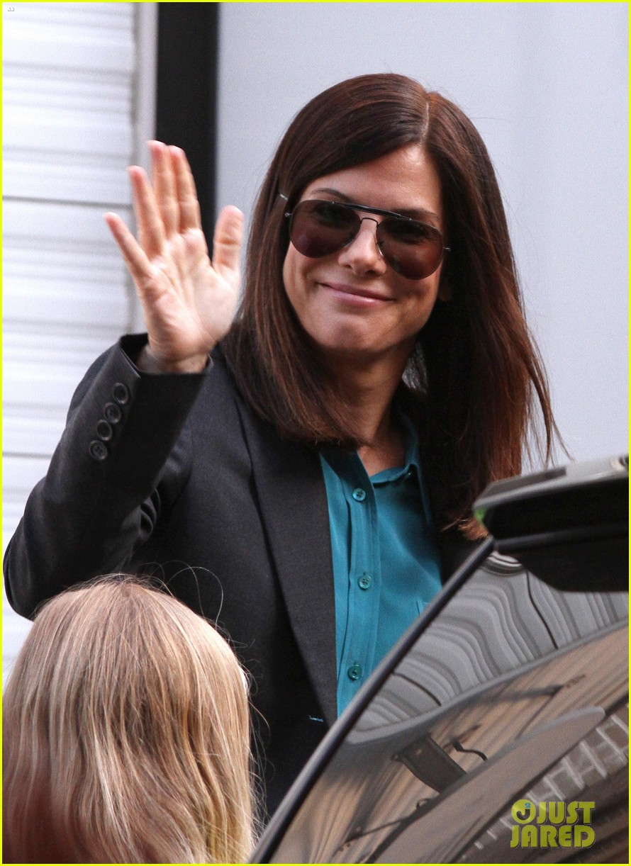 sandra bullock the heat set with melissa mccarthy 02