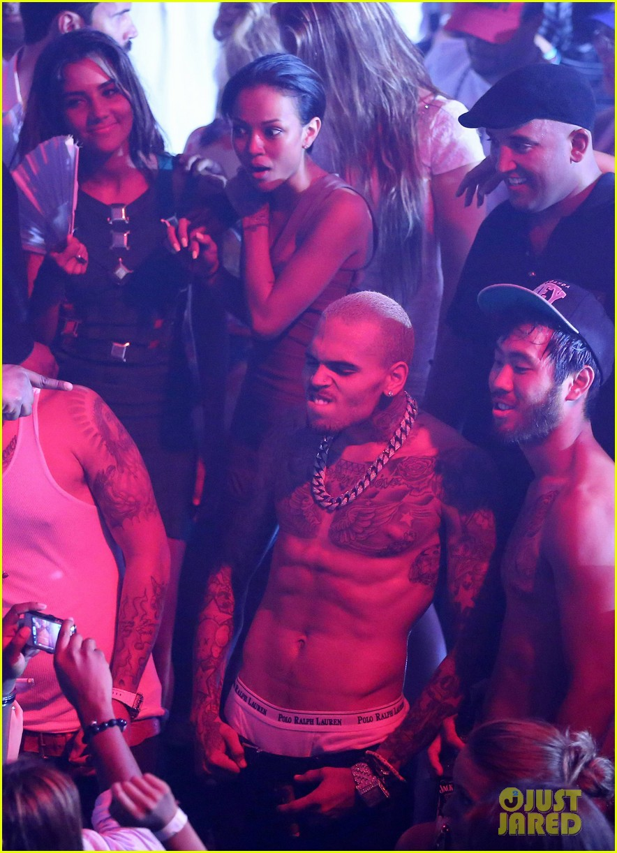 chris brown shirtless gotha club cannes 16