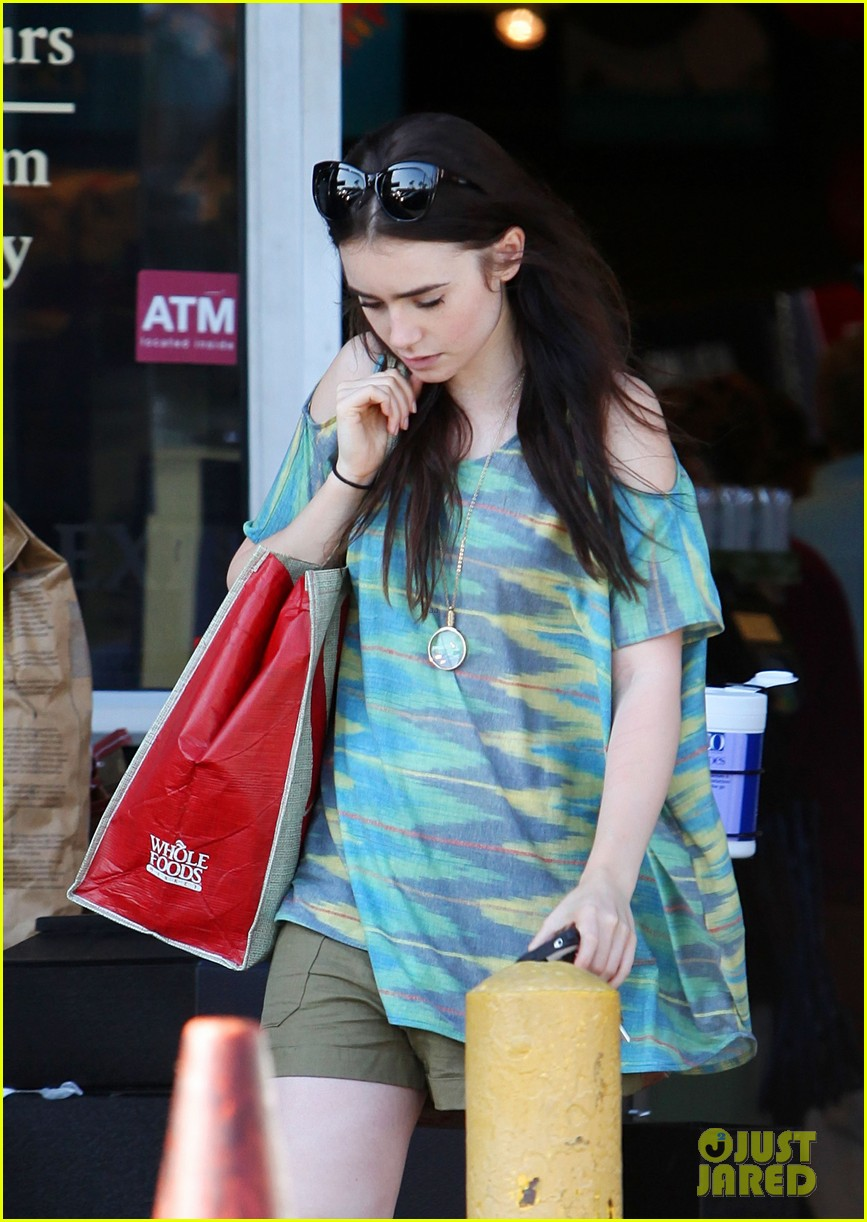 lily collins lena headey joins mortal instruments 06