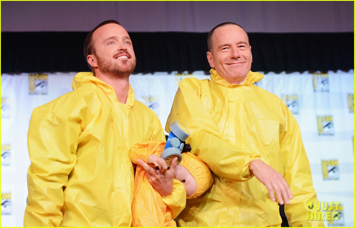 aaron paul bryan cranston breaking bad at comic con 09