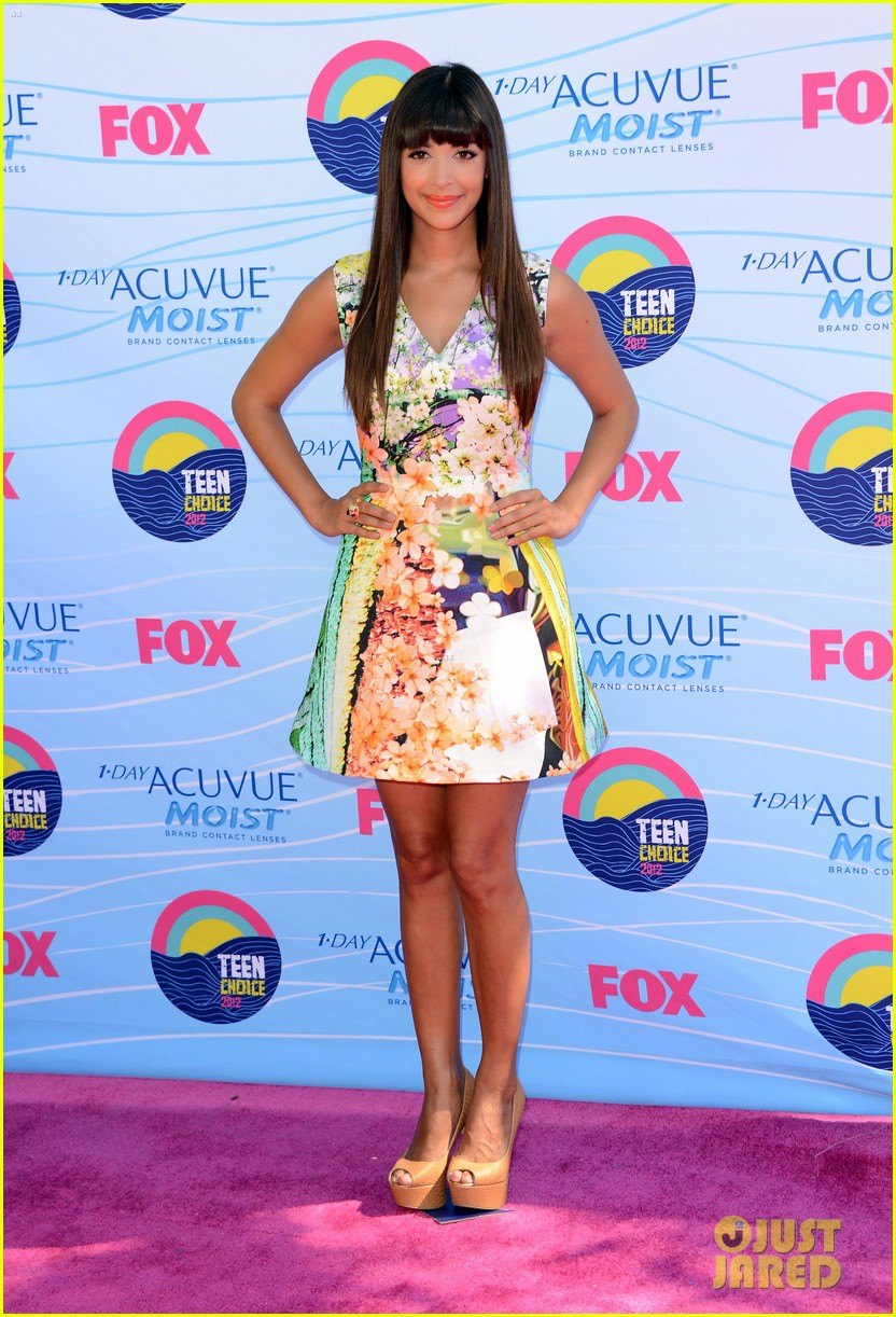 zooey deschanel hannah simone teen choice awards 04