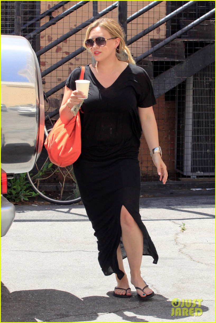 hilary duff curve shopper 16