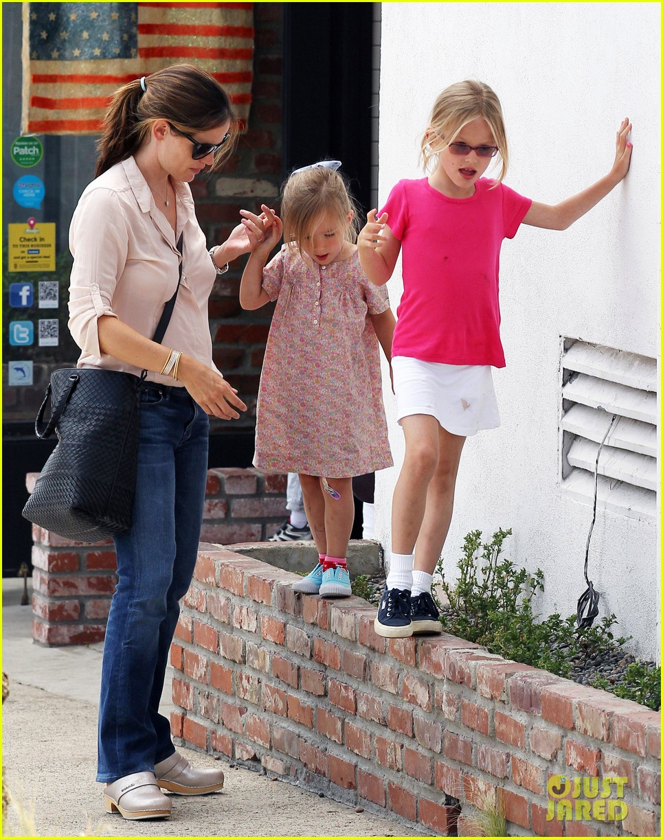 jennifer garner girls day out 15
