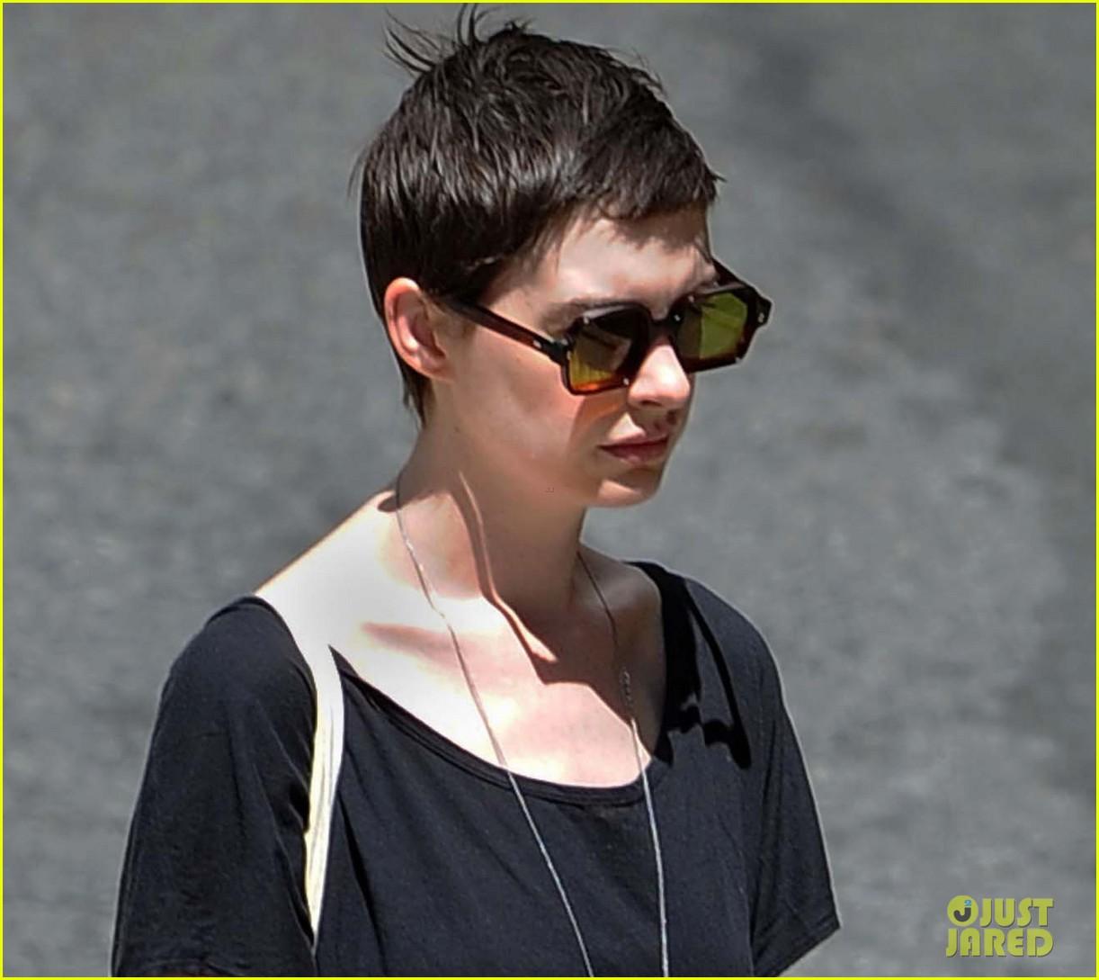 Anne Hathaway: New 'Dark Knight Rises' Television Spot