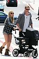 chris hemsworth elsa pataky santa monica stroll with baby india 05
