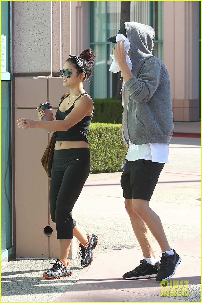 vanessa hudgens morning workout 03