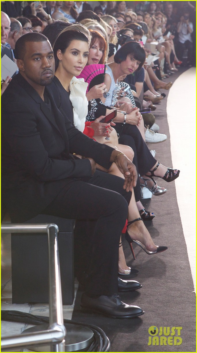 kim kardashian stephane rolland show with kanye west 04