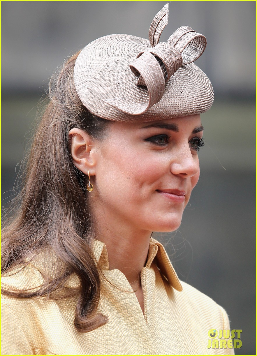 duchess kate prince william thistle ceremony 13