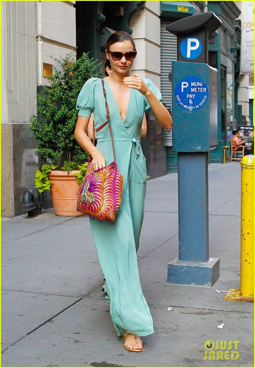 miranda kerr wrap dress 012686355