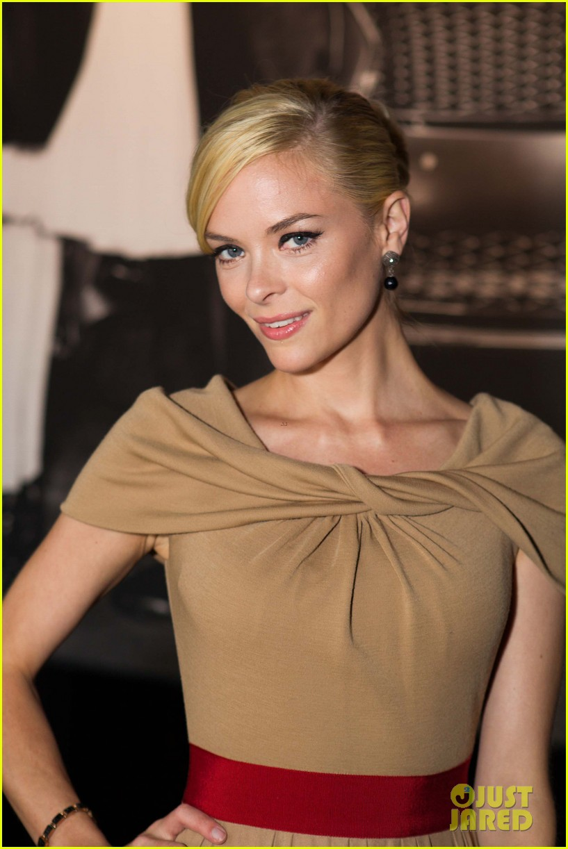 jaime king kristen wiig lexus laws of attraction event 15