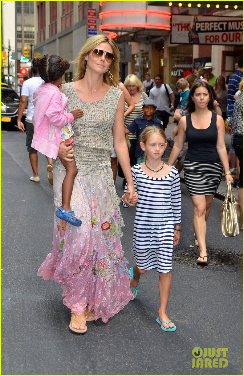 heidi klum broadways newsies with the kids 07