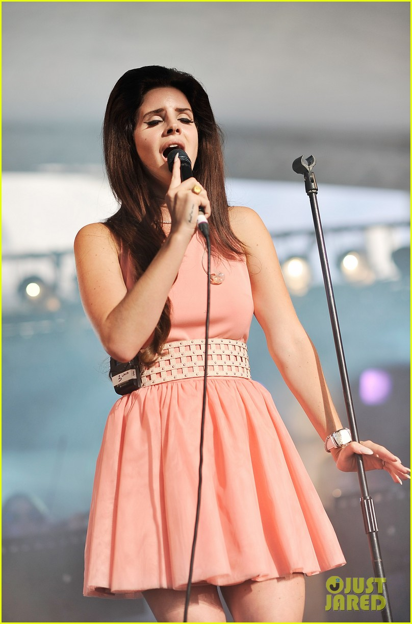 Petite Moon Style Crush Lana Del Rey