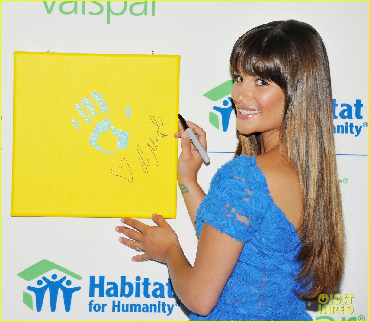 lea michele hands for habitat unveiling 01