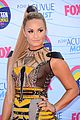 demi lovato teen choice awards 2012 red carpet 04