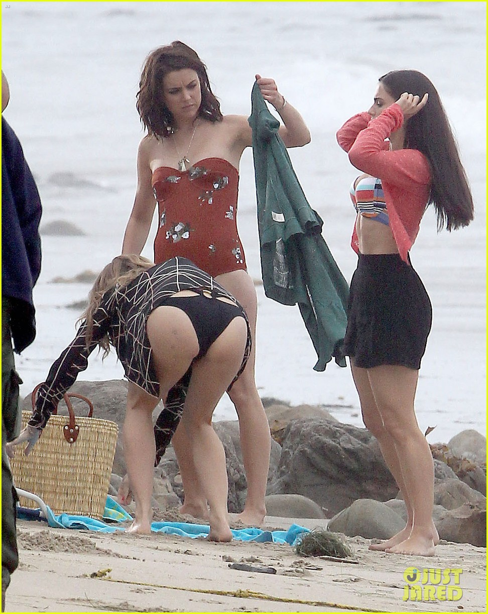 annalynne mccord jessica lowndes 90210 bikini babes 042692015