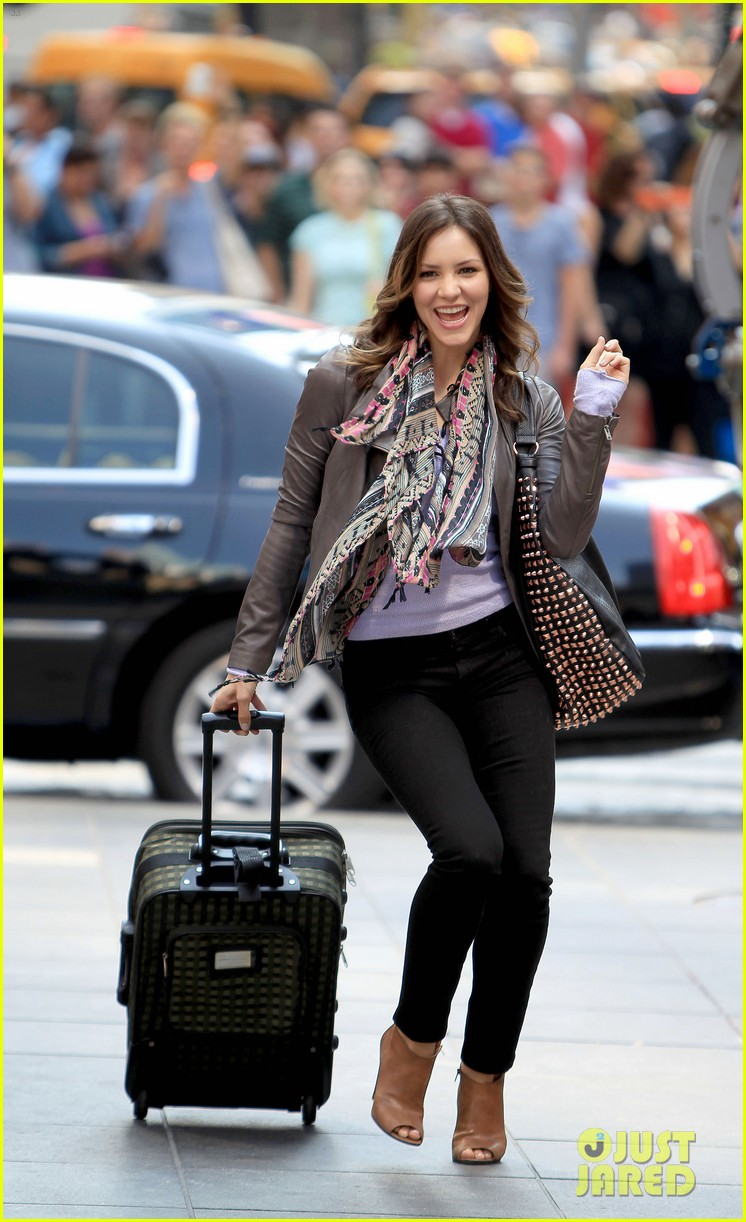 katharine mcphee smash filming on broadway 032693926