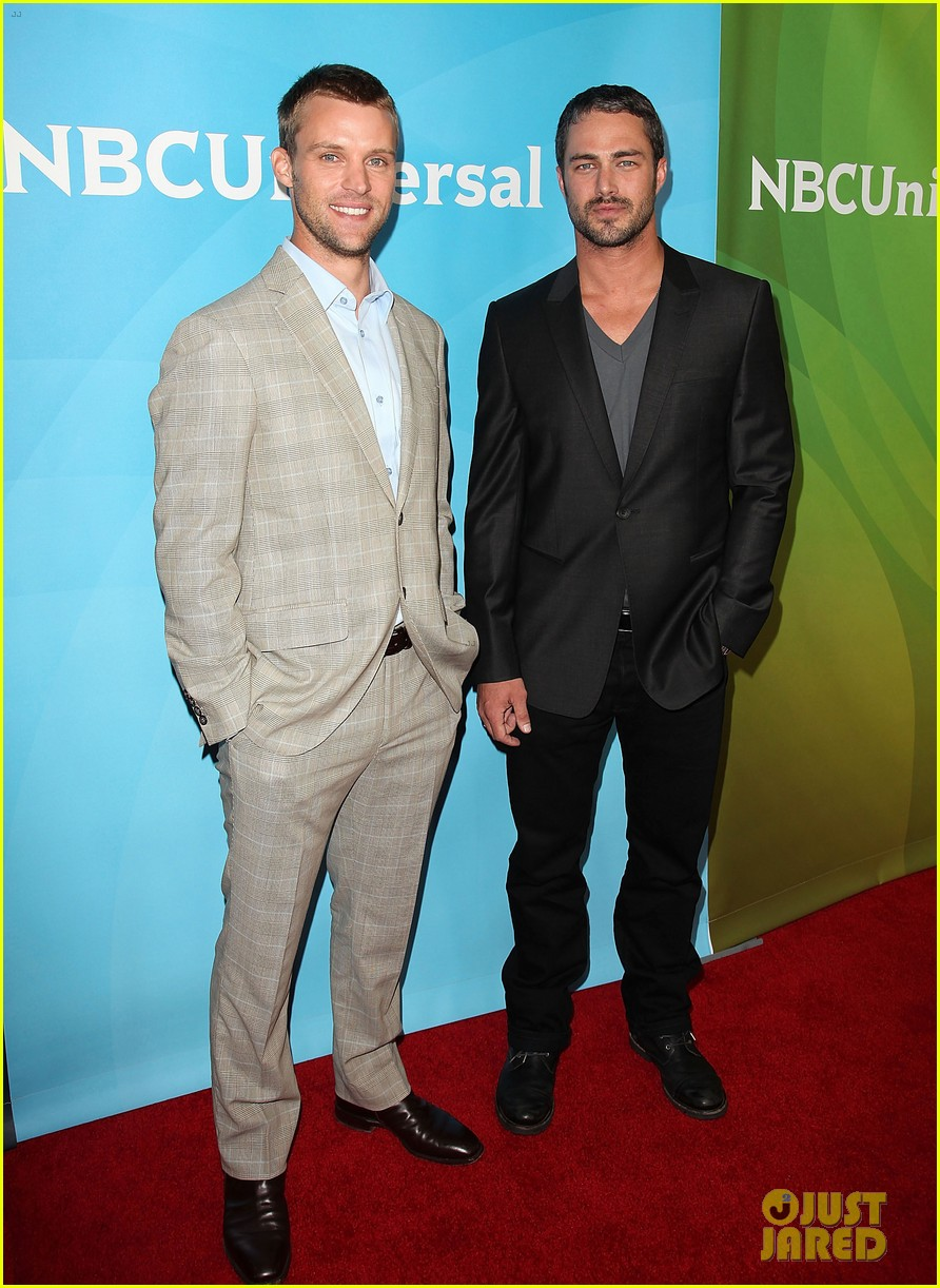 jesse spencer taylor kinney nbc universal press tour 05