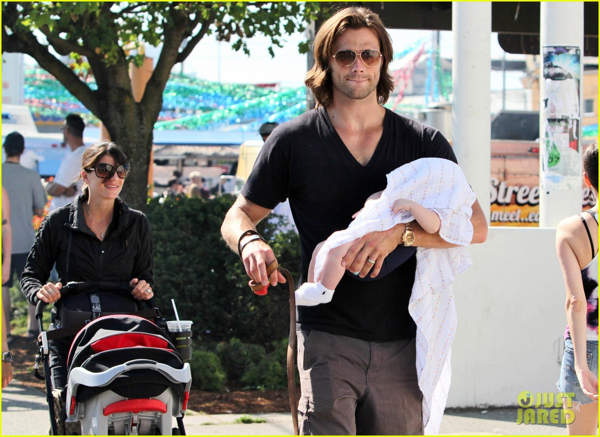 jared padalecki food festival with genevieve thomas 062694151