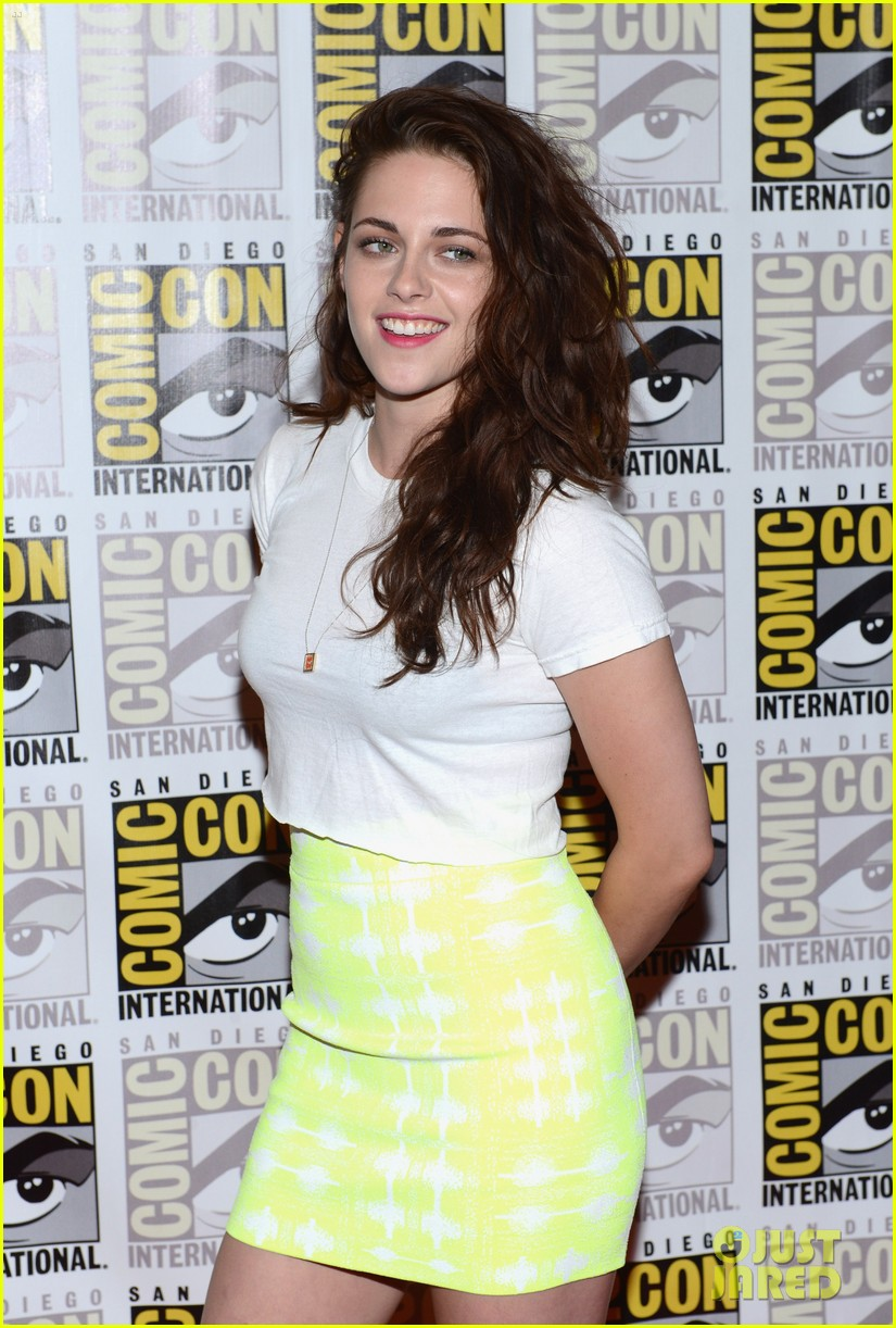 kristen stewart robert pattinson comic con panel 10