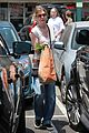 ellen pompeo whole foods grocery stop 02