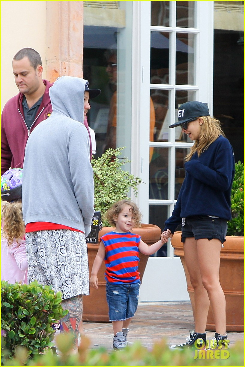 nicole richie july fourth family 11