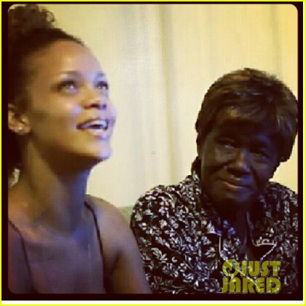 rihanna grandmother passes away 08