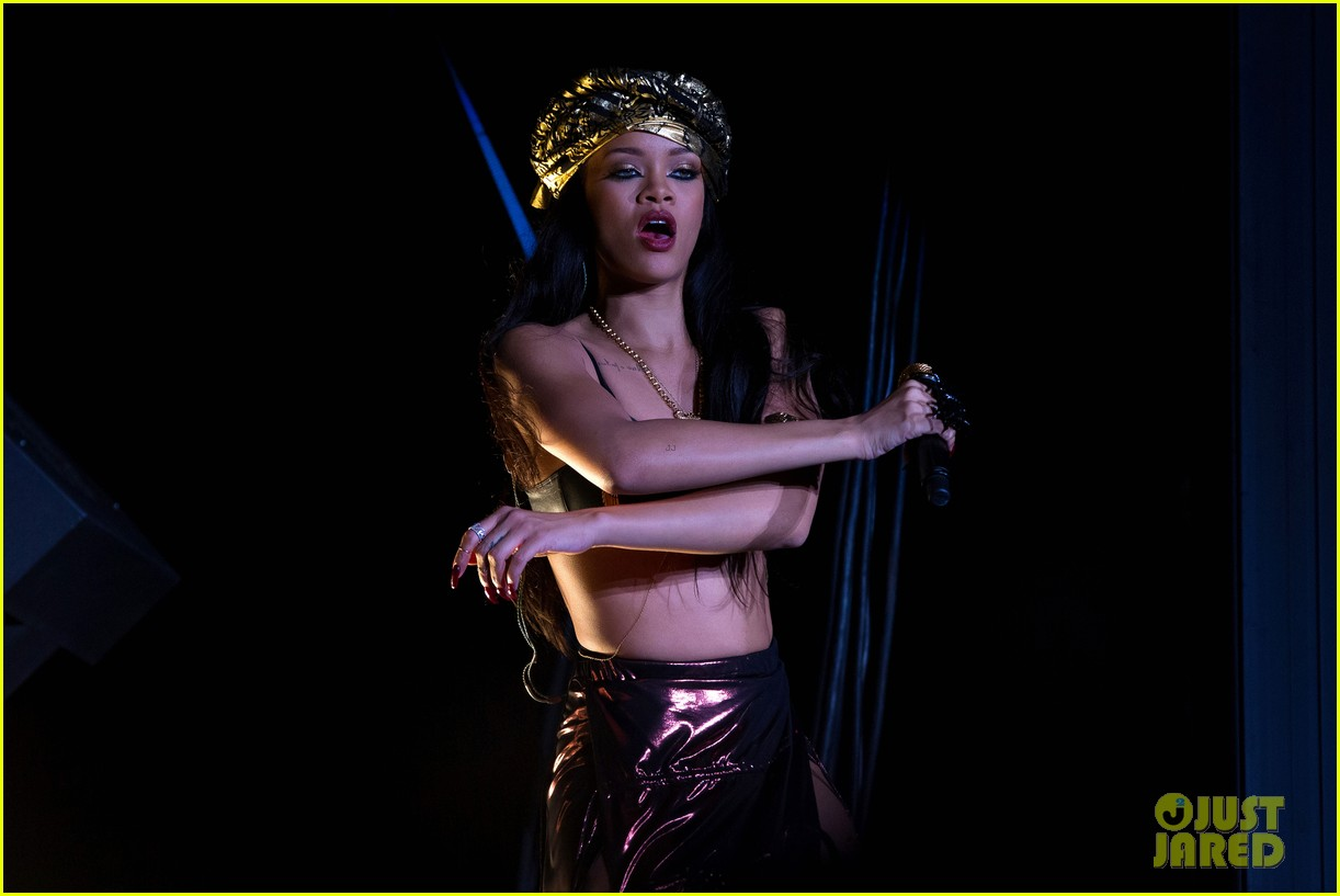 rihanna peace and love festival in sweden 10