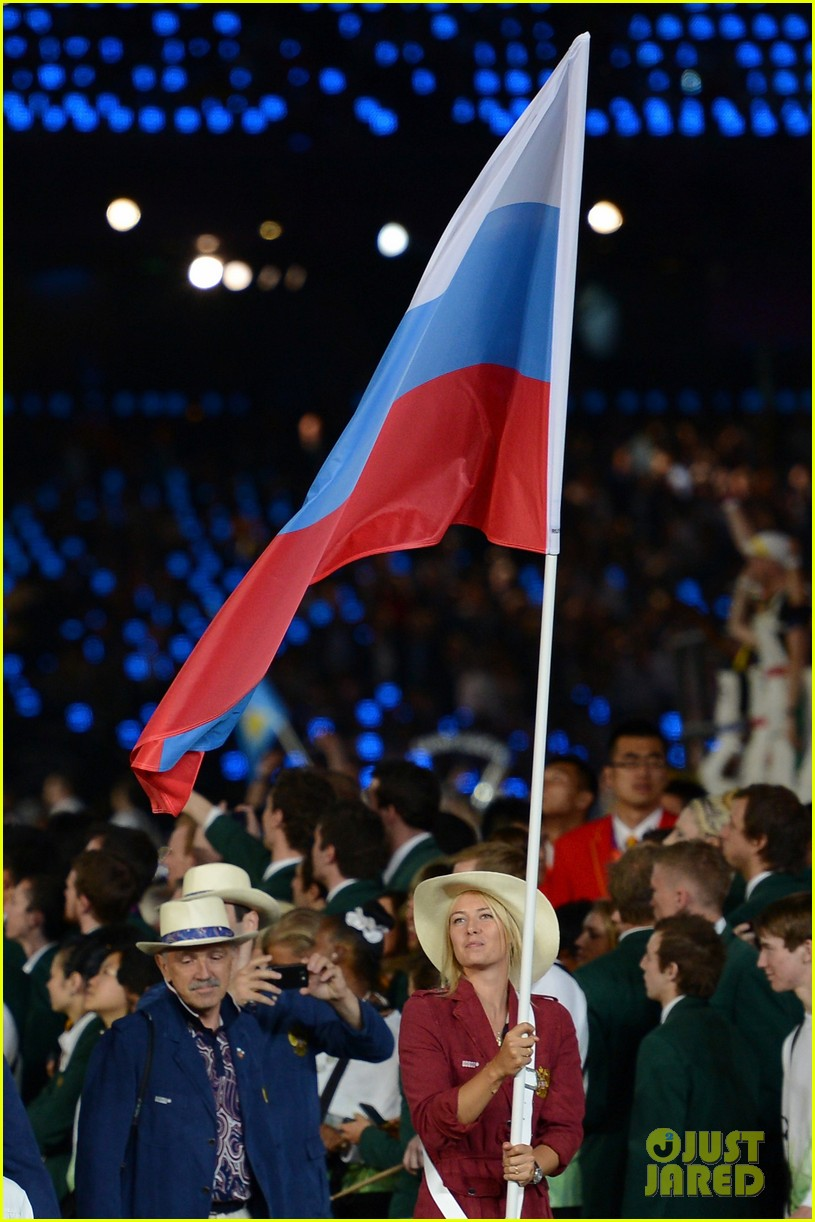maria sharapova novak djokovic olympic flag bearers 06