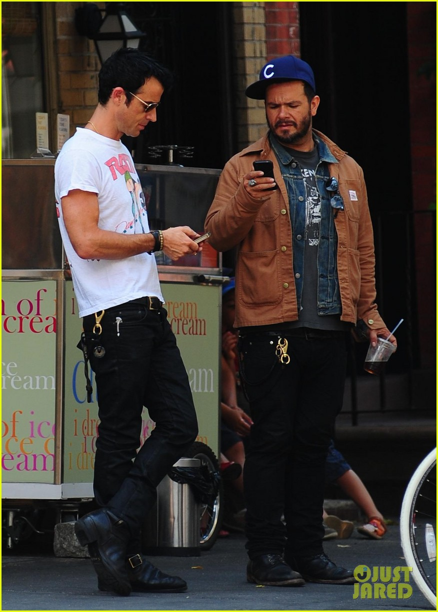 justin theroux new york shopper 04