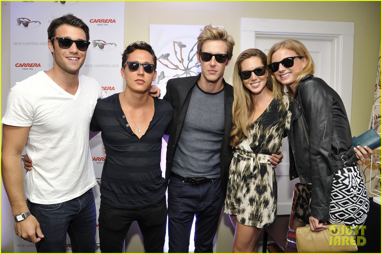 emily vancamp josh bowman revenge cast at carrera launch 05