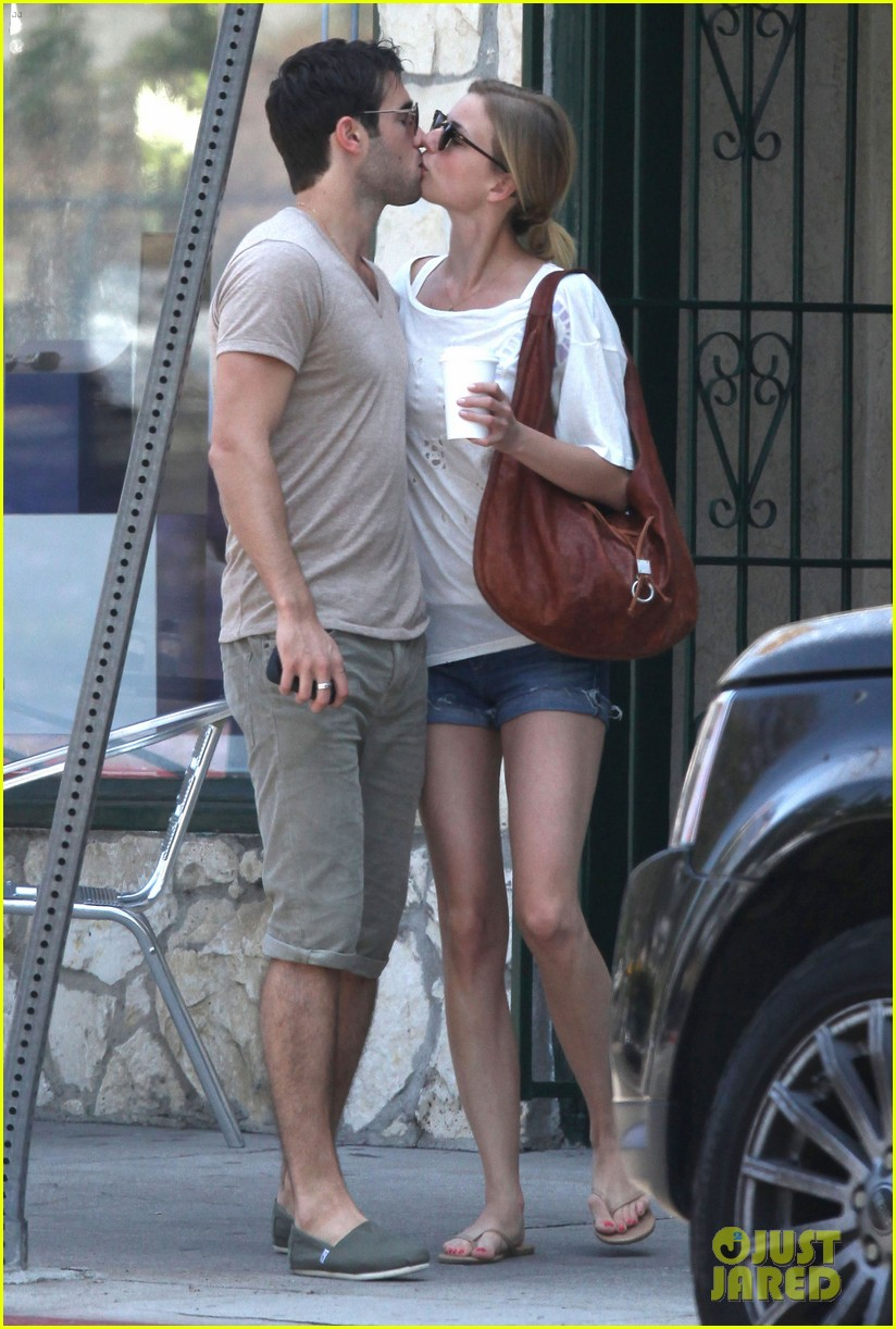 emily vancamp josh bowman little doms lovers 11