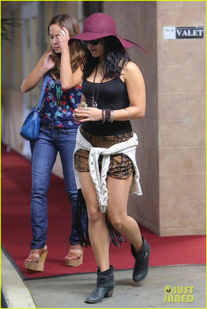 vanessa hudgens movies with pal 05