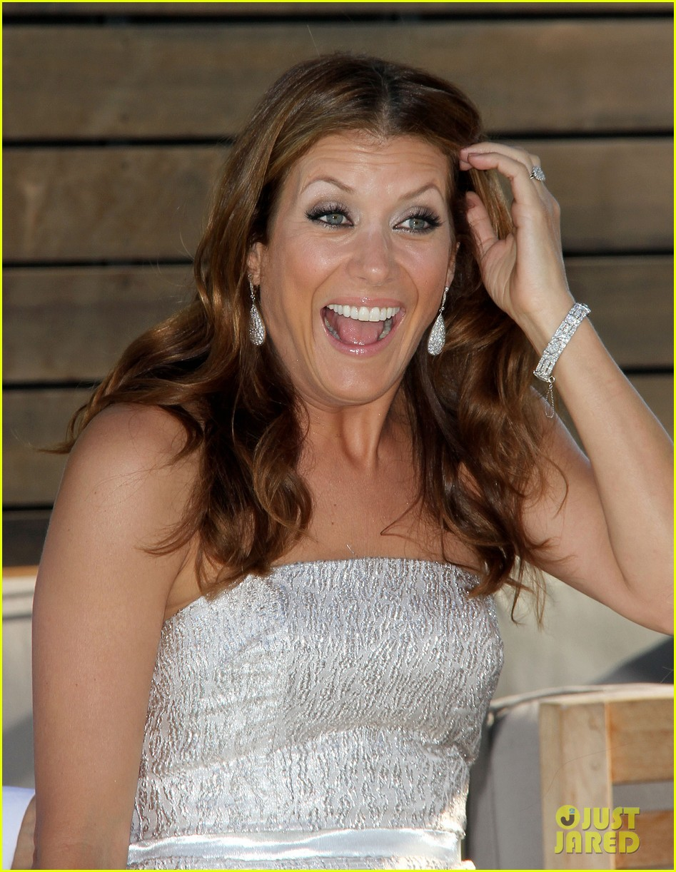 kate walsh billionaire boyfriend promo 11