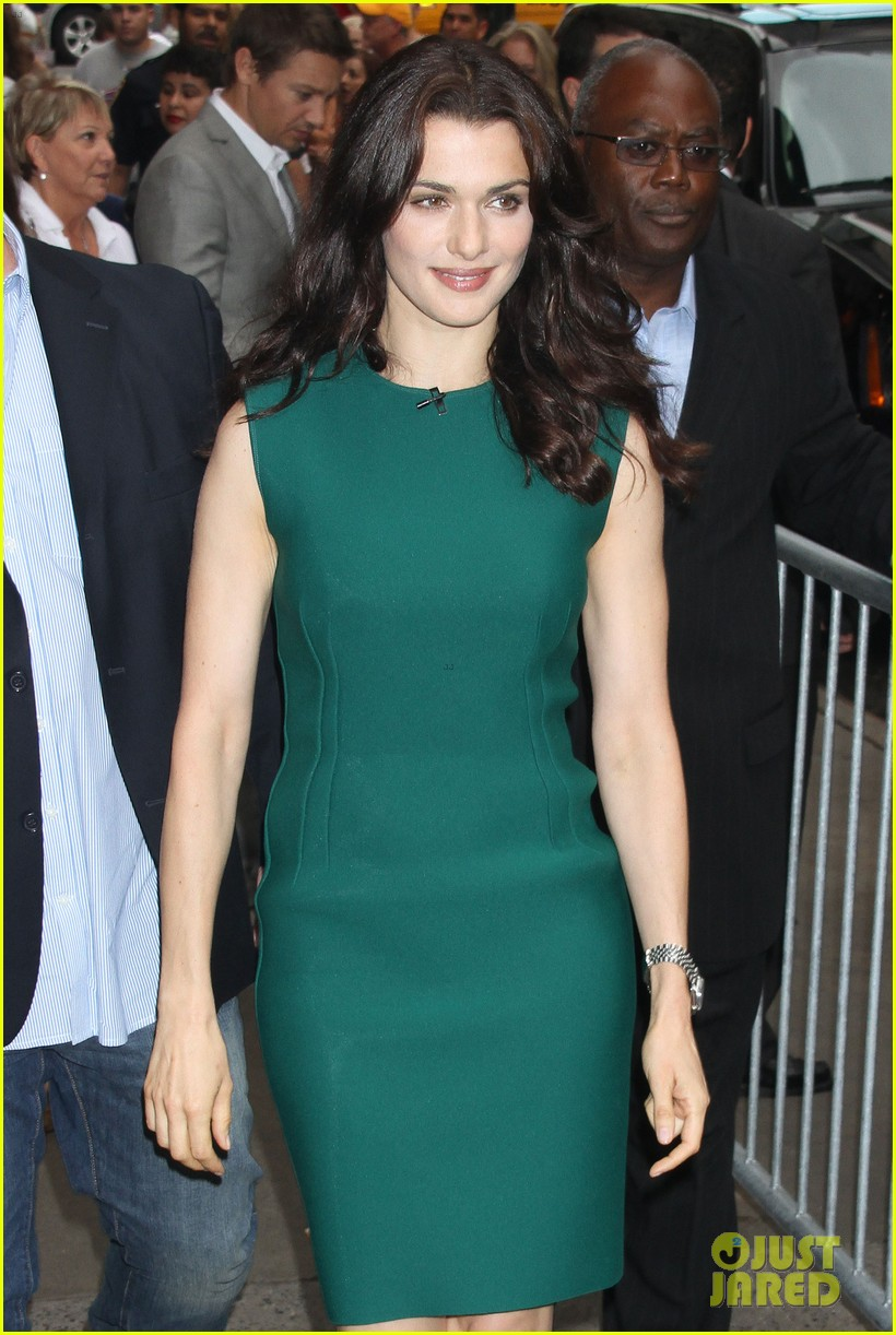 rachel weisz good morning america with jeremy renner 102694389
