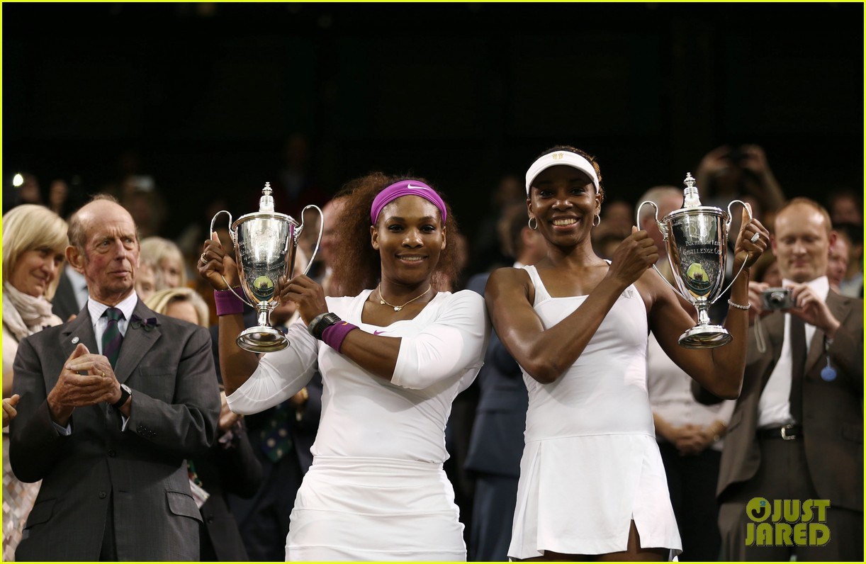 venus serena williams win wimbledon doubles crown 12