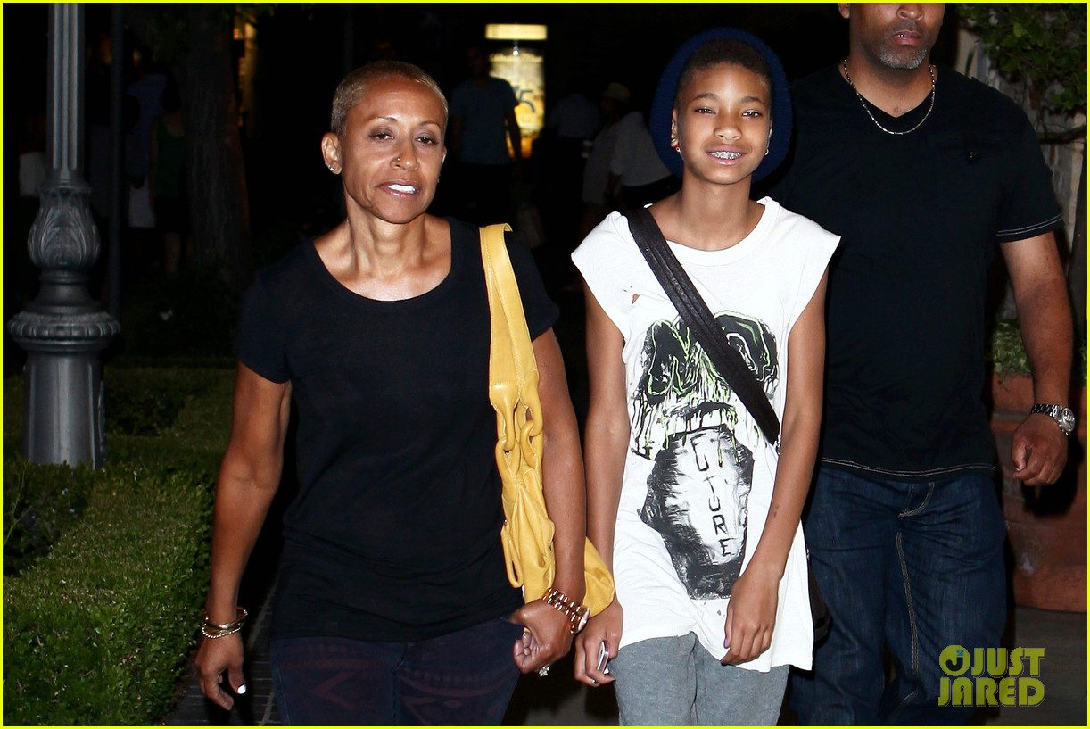 willow smith evening with grandma 04