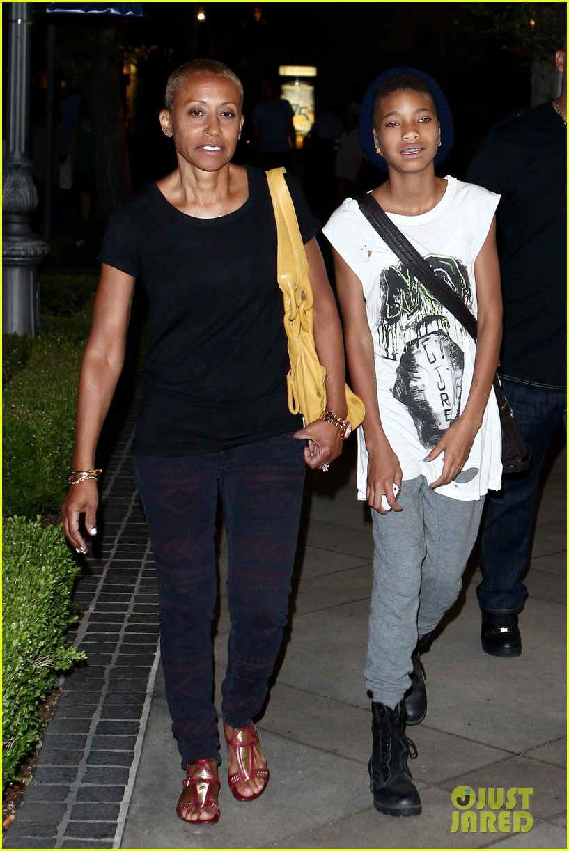 willow smith evening with grandma 07