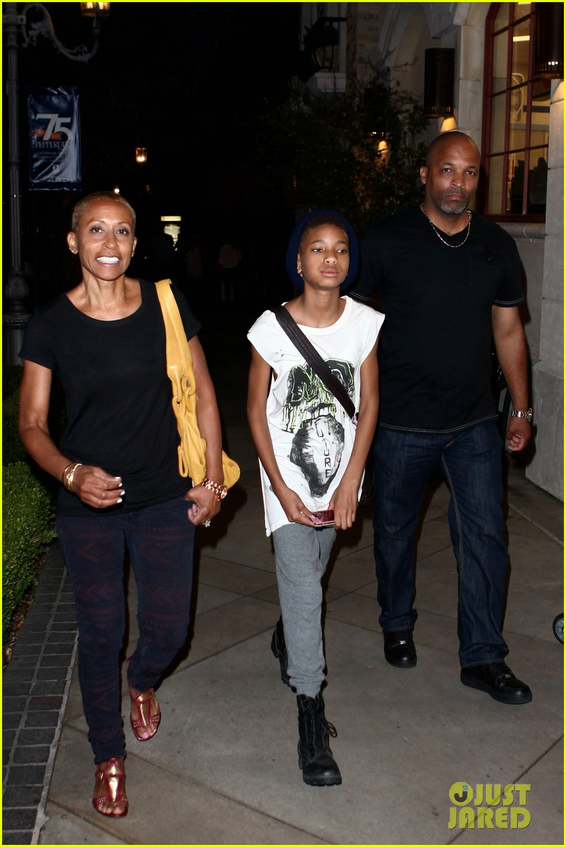 willow smith evening with grandma 082681733