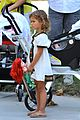 jessica alba park playtime with the family 30