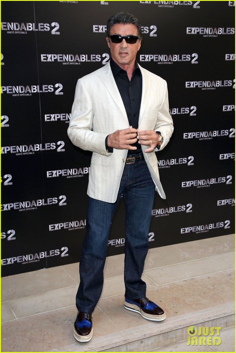 arnold schwarzenegger sylvester stallon expendables 2 paris photo call 112699660