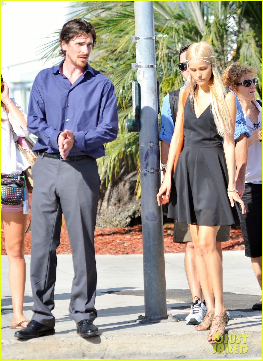 christian bale isabel lucas knight of cups 19