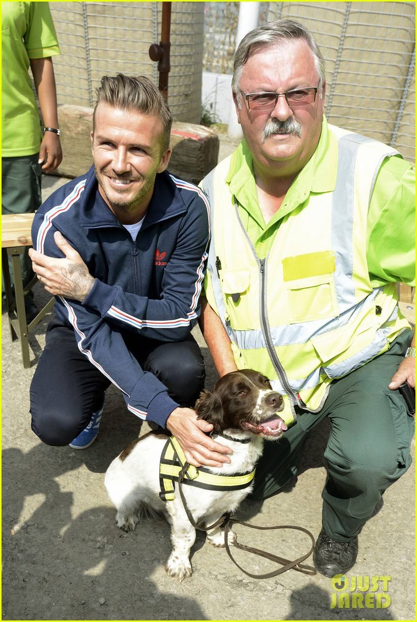 david beckham boys meet greet olympic guards 052699695