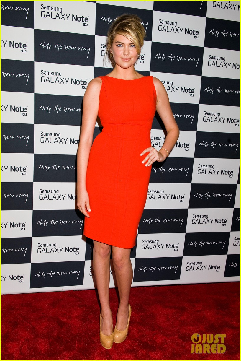 camilla belle kate upton samsung galaxy note 10.1 launch 23