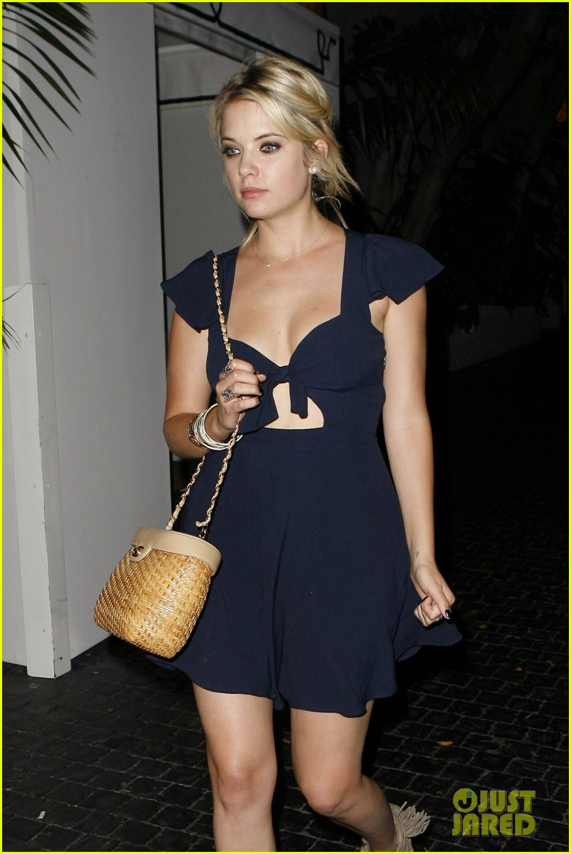 ashley benson chateau marmont exit 012704743