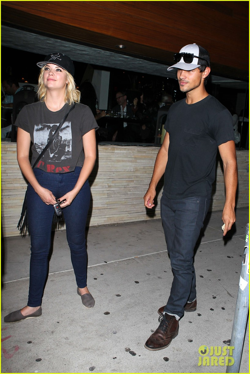taylor lautner ashley benson red o dinner duo 09
