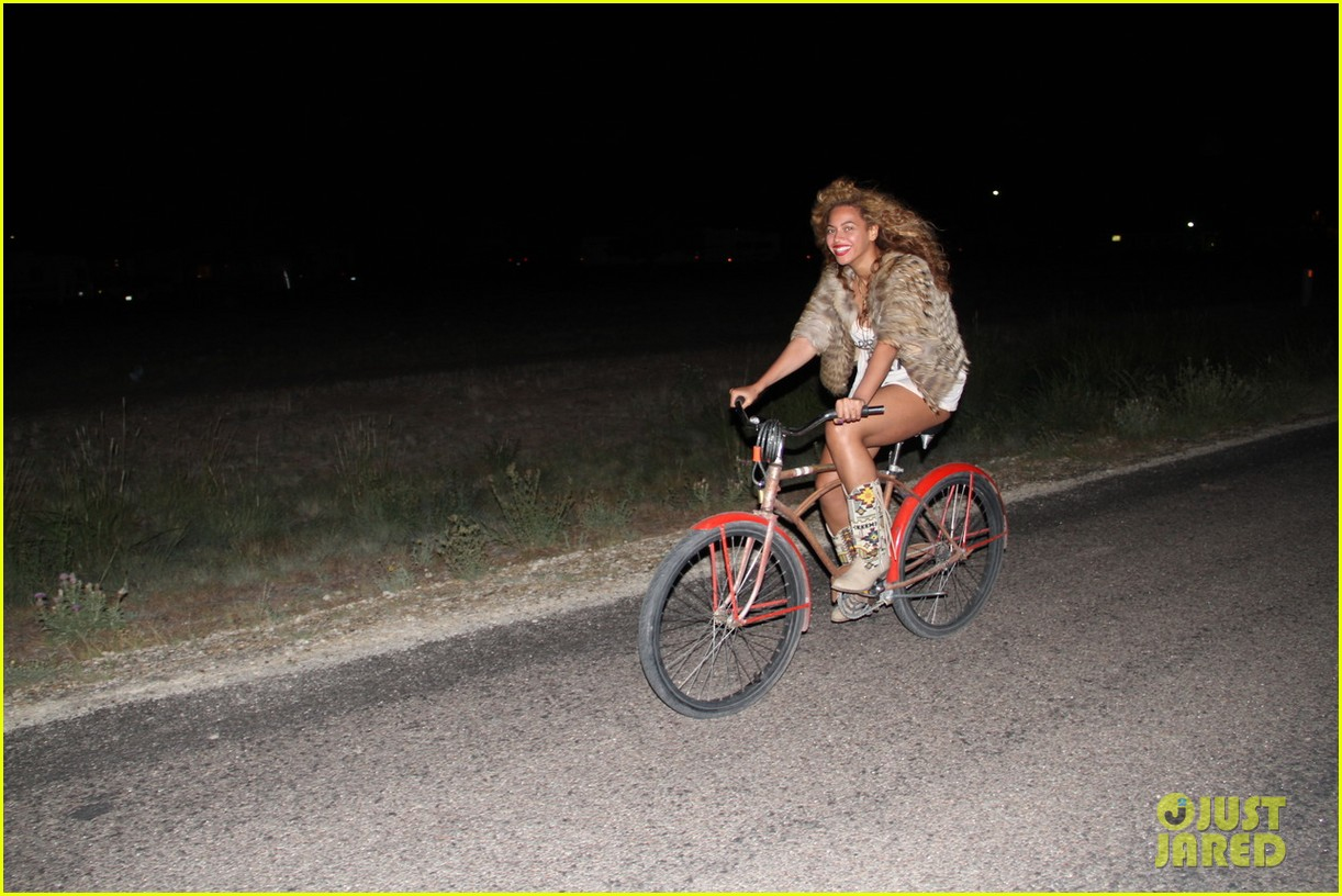 beyonce new tumblr pictures 082700610