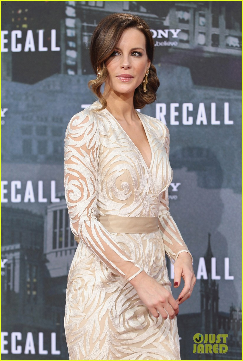 jessica biel kate beckinsale total recall berlin premiere 48