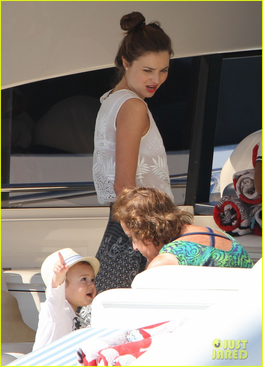 miranda kerr orlando bloom yachting 14
